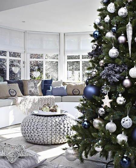 别墅圣诞节布置图片