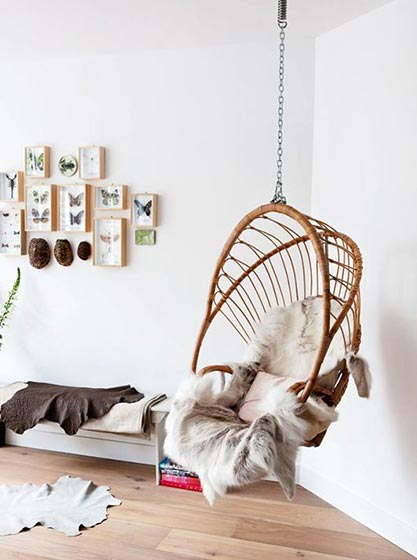 白色卧室吊椅布置图