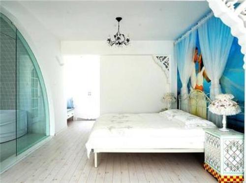 2018白色家具巧搭地板大支招 朴雅别致的白色家具如何搭配最好看