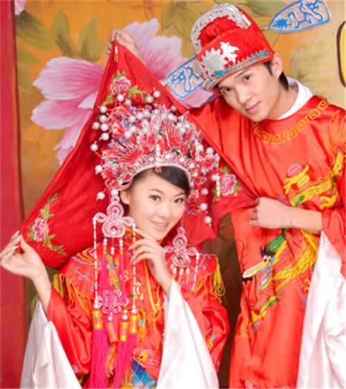 中式婚纱图片大全 中式礼服婚纱照有哪些风格图片