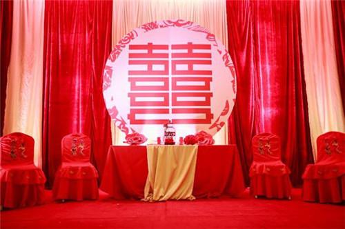 中式婚礼场景布置效果图 中式婚礼仪式流程解析_婚庆