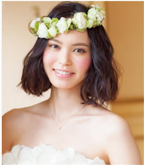 中长发新娘造型图片欣赏 中长发新娘造型怎么做好看图片