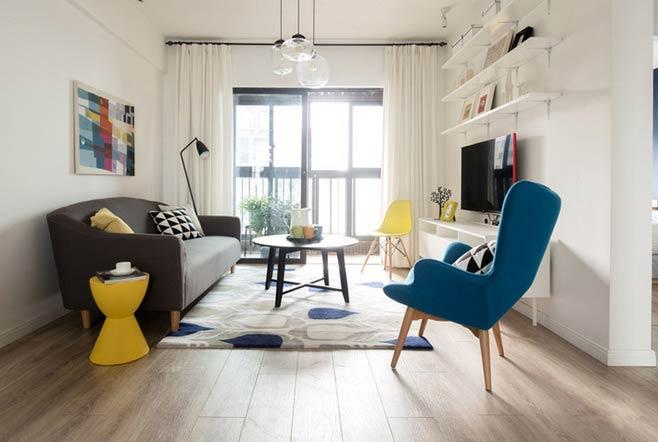 简约风格客厅木质地板装修图