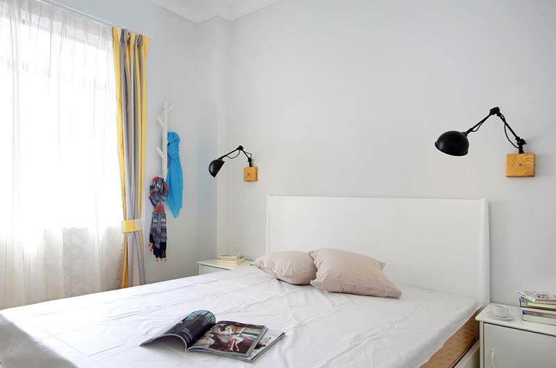 100平北欧三居室卧室壁灯装修