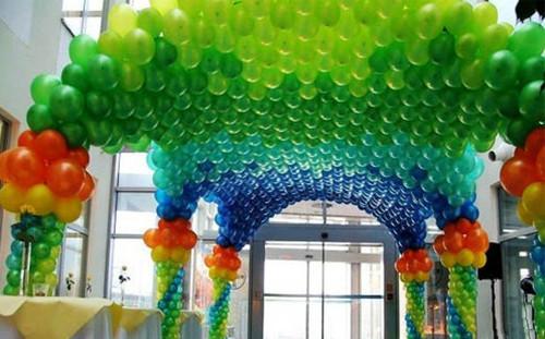 气球婚礼现场布置效果图 如何用气球布置婚礼现场