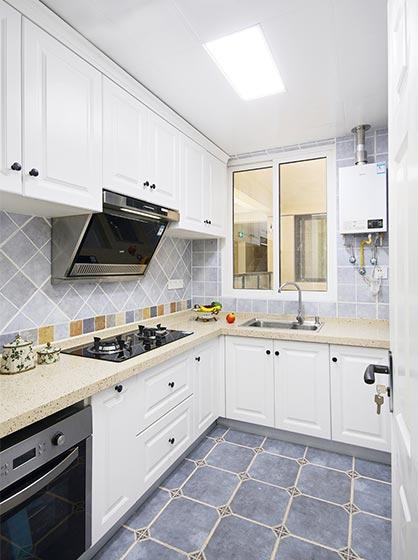 白色系厨房装修效果图