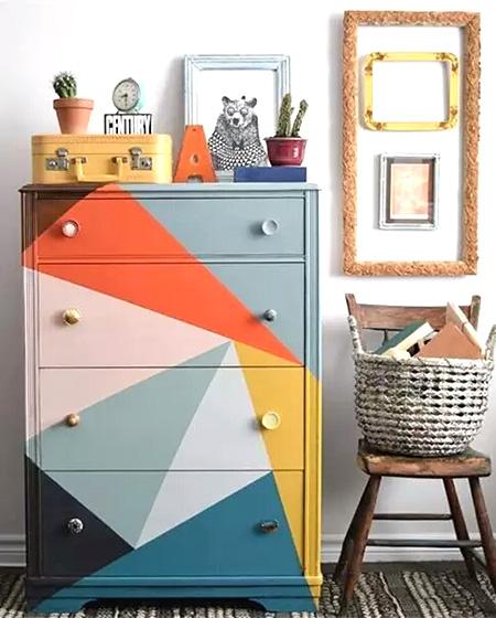 彩色玄关收纳柜设计