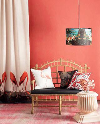 红色客厅沙发背景墙装修效果
