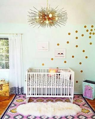 可爱儿童房婴儿床设计图