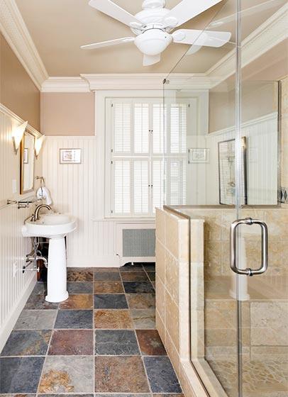 美式卫生间造型图片