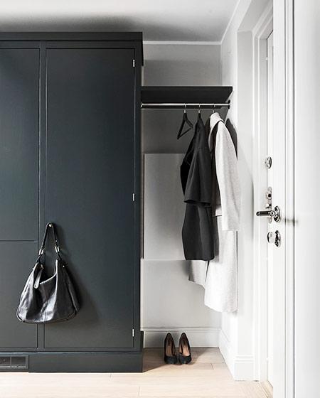 北欧风格单身公寓玄关柜设计