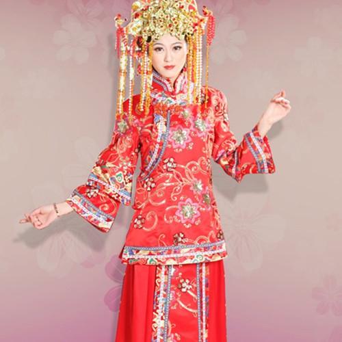 古装新娘服装图片欣赏 中式婚礼新娘服饰搭配技巧图片
