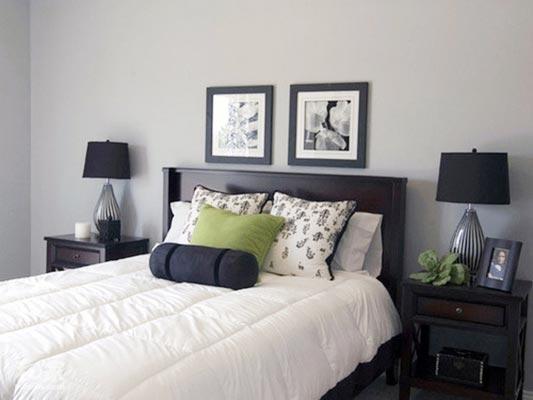 现代极简风卧室布置摆放图