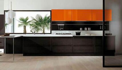 黑色橱柜效果图 百搭黑色让厨房变时尚