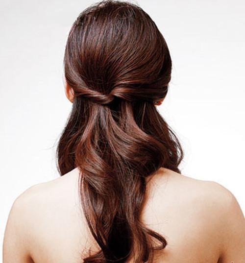 伴娘发型披肩编发图片欣赏 长发伴娘编什么发型好看