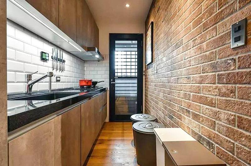 75平小二居装修一字型厨房装修