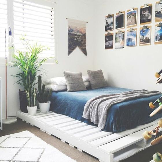 卧室木板床装修欣赏图