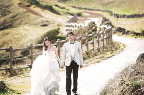 济州岛拍婚纱照多少钱 几月去济州岛拍婚纱好