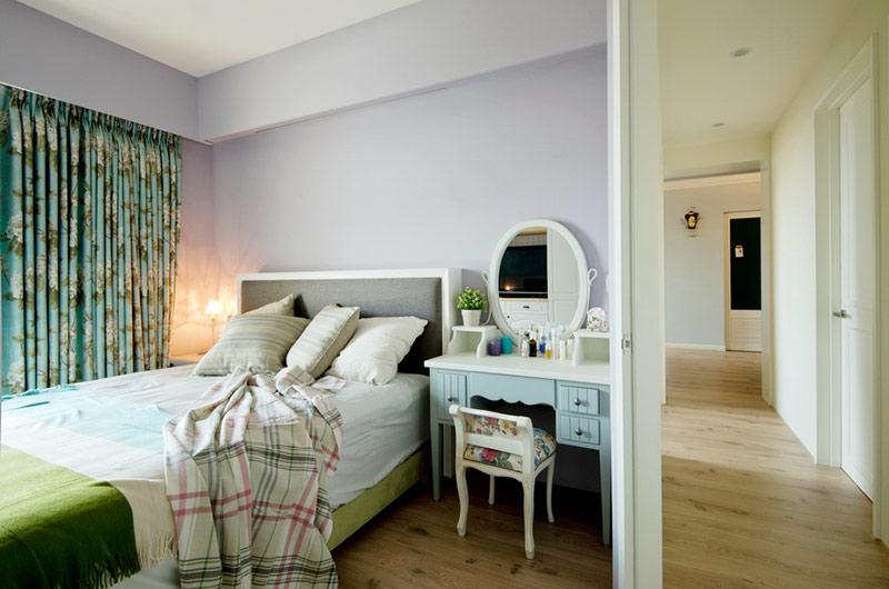 美式风格婚房装修卧室梳妆台