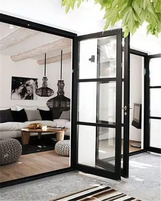 客厅玻璃铁框门隔断装修