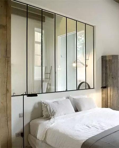 卧室玻璃隔断装修设计图