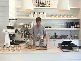小型咖啡厅吧台设计装修效果图
