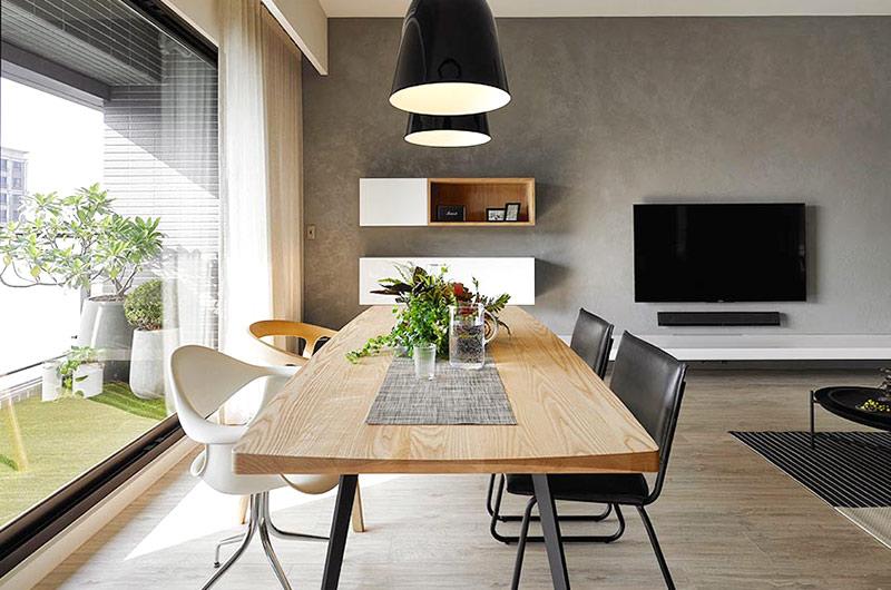 132平简约公寓装修木质餐桌图片