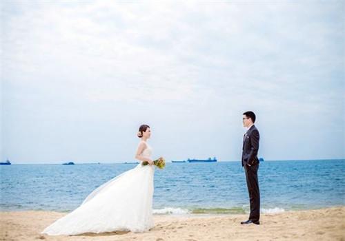 三亚最好的婚纱摄影在哪里 2017三亚婚纱摄影要多少钱图片