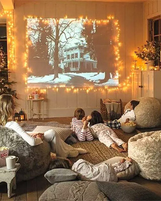 客厅设计家庭影音室效果图