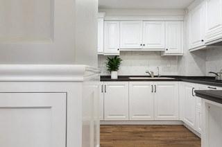 180平美式风格四居厨房效果图设计