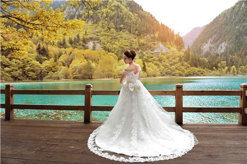 北京婚纱摄影店排名 北京婚纱摄影价格一览表