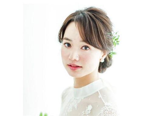 新娘发型唯美编发推荐 新娘发型图片2017款