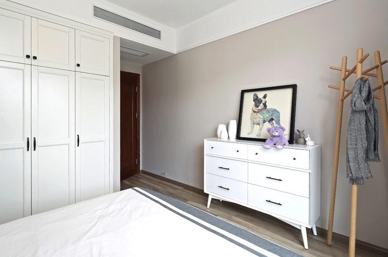 89平北欧风格二居卧室衣柜图片