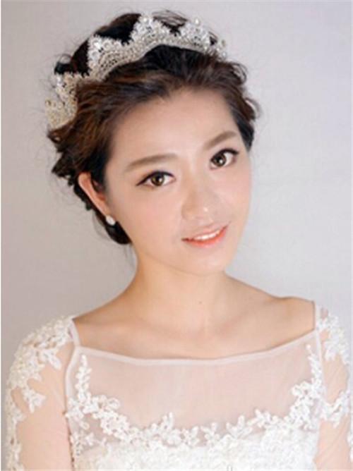 新娘时尚发型图片2017 新娘盘什么发型更时尚图片