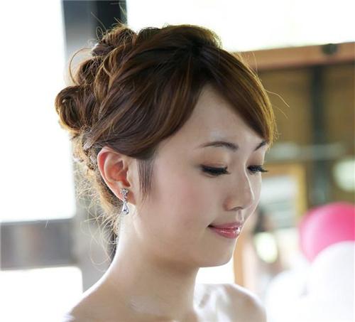 新娘短发头型2017款v新娘合适的妈妈新娘适合中老年图片的发型发型图片