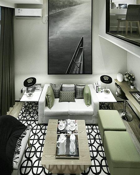 24平单身公寓装修布艺沙发图