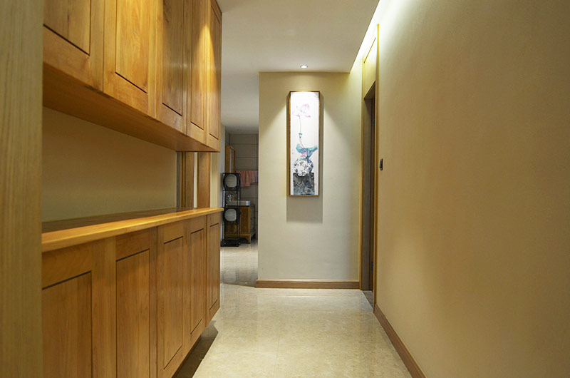 220平新中式风格四居玄关设计图