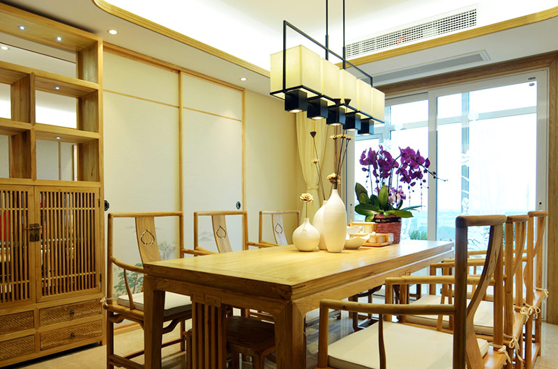 220平新中式风格四居餐厅吊灯图