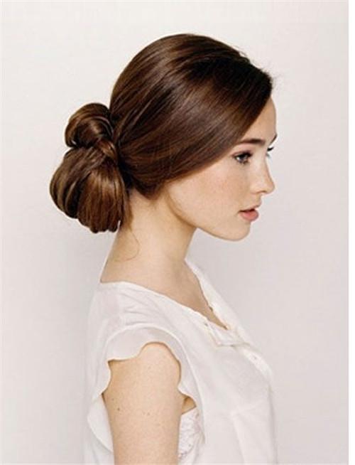 盘新娘头发图片2017 新娘当天盘什么头发好看