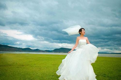 复古风格婚纱照图片欣赏 2017婚纱照流行哪些风格
