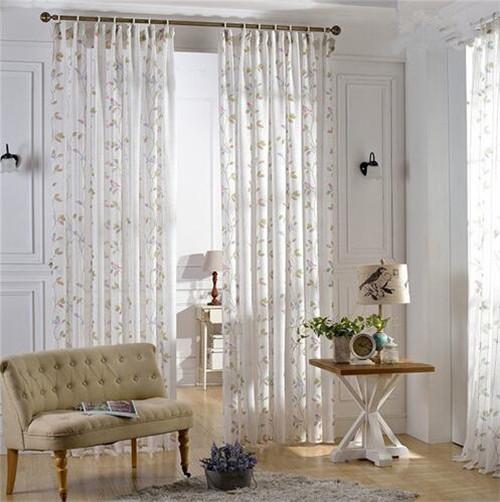 客厅 白色窗帘效果图
