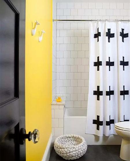 黄色卫生间背景墙设计