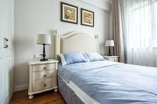 135平美式风格四居卧室床头软包