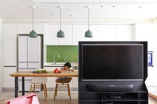 现代简约风格公寓电视墙隔断