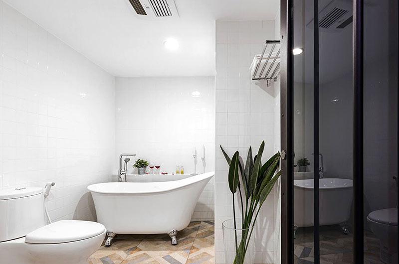 小户型loft装修浴缸效果图