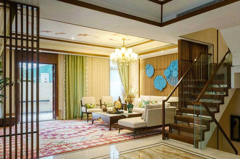 300平东南亚风格别墅楼梯装修设计