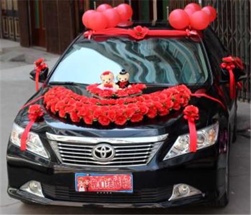 婚车车队装饰图片 租婚车技巧有哪些|业界动态-郑州聚鑫婚庆礼仪有限公司