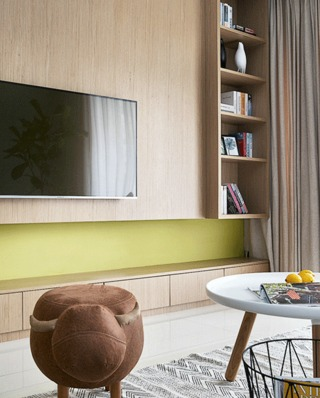 90平简约风格公寓木质电视背景墙