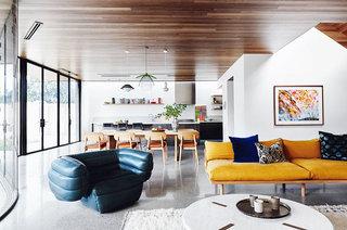 现代简约风格公寓布艺沙发图片