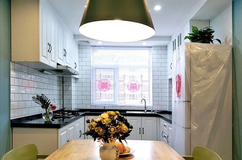130平北欧风格婚房餐厨一体装修